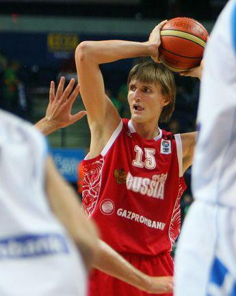 На Евробаскете-2011 в Литве Андрей КИРИЛЕНКО привел сборную России к бронзовым медалям. Фото AFP