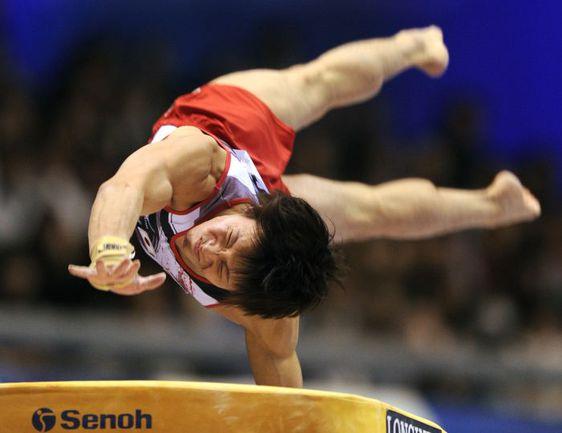 Воскресенье. Токио. Японец Юсуке ТАНАКА в квалификации чемпионата мира. Фото AFP