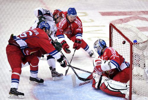 Вчера. Хельсинки. Hartwall Arena. Чехия - Россия - 1:2. Гол Александра РАДУЛОВА. . Фото AFP