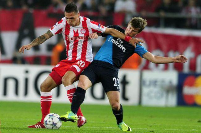 """Нападающий """"Арсенала"""" Андрей АРШАВИН (№ 23) уже в 1/8 финала может встретиться со своим бывшим клубом. Фото AFP"""