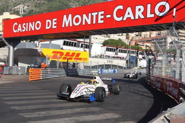"""В календарь """"Мировой серии"""" входит и легендарная городская трасса в Монако. Фото """"СЭ"""""""