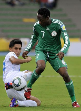 18-летний нападающий сборной Нигерии Ахмед МУСА. Фото AFP