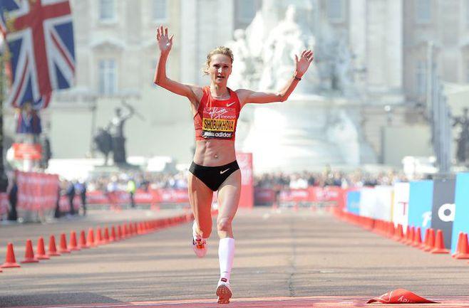 Одна из претенденток на победу в олимпийском марафоне Лилия ШОБУХОВА. Фото REUTERS