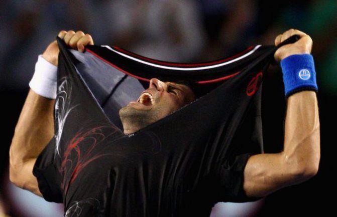 Воскресенье. Мельбурн. Новак ДЖОКОВИЧ: победа! Фото AFP