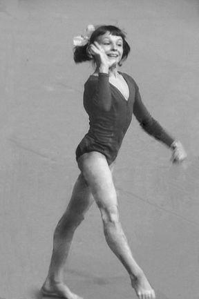 Июль 1976 года. Мария ФИЛАТОВА выступает на Олимпиаде в Монреале. . Фото AFP