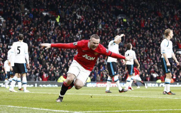 """Сегодня. Манчестер. """"Олд Траффорд"""". """"Манчестер Юнайтед"""" - """"Ливерпуль"""" - 2:1. Уэйн РУНИ празднует один из двух своих голов. Фото AFP"""