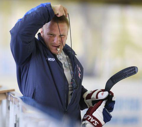 Экс-звезда НХЛ и тренерского штаба СКА Дарюс КАСПАРАЙТИС. Фото photo.khl.ru