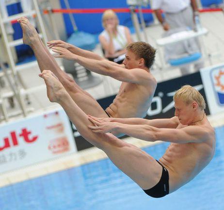 Евгений КУЗНЕЦОВ (слева) и Илья ЗАХАРОВ уже обеспечили себе участие в Олимпиаде-2012. Фото AFP