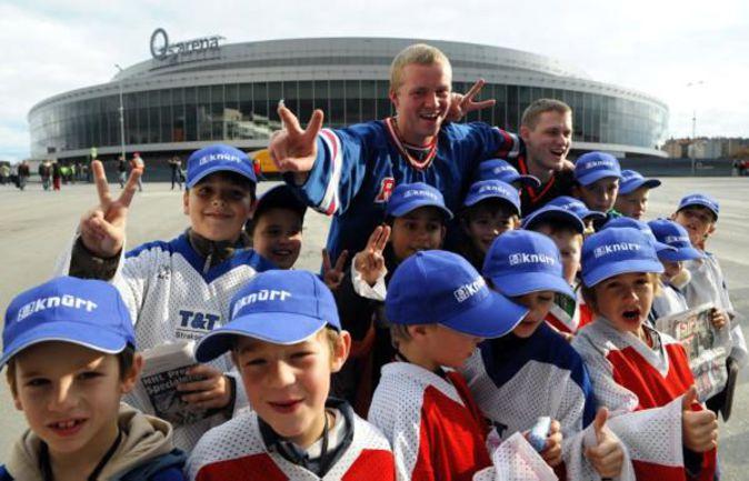 """Прага. """"Лев"""" может переехать в один из самых больших дворцов Европы - """"O2 Arena"""". Фото AFP"""