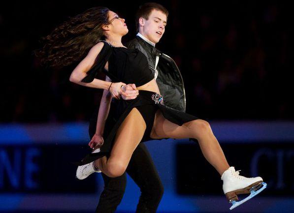 На льду Елена Ильиных и Никита Кацалапов. . Фото AFP