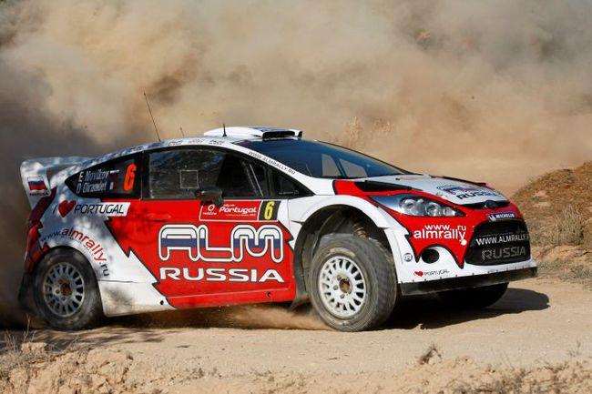 "Ford Fiesta RS не раз капризничала по ходу гонки: на финиш Новиков попал скорее вопреки, чем благодаря машине. Фото - Бастьен Бодин (Austral). Фото ""СЭ"""
