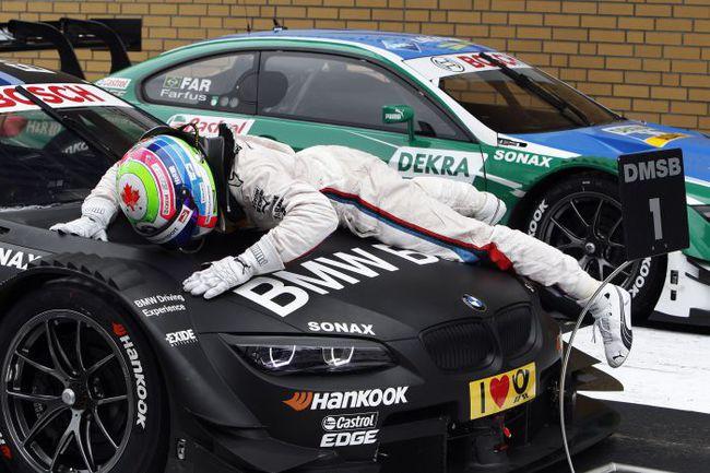 """Бруно СПЕНГЛЕР празднует победу в гонке DTM на трассе """"Лаузитцринг"""". Фото - BMW. Фото """"СЭ"""""""