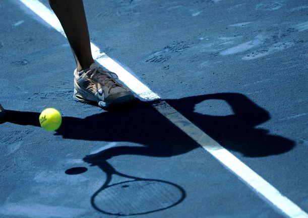 Вчера. Мадрид. Объединенный супертурнир ATP и WTA в испанской столице войдет в историю профессионального тенниса как первое состязание на грунтовых кортах синего цвета. Фото AFP