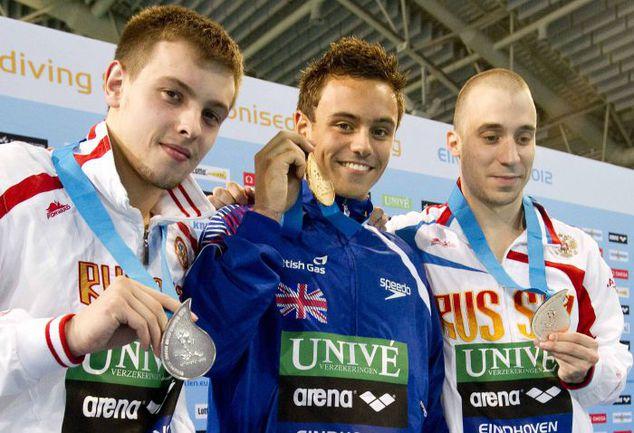 Воскресенье. Эйндховен. Призеры чемпионата Европы в прыжках с 10-метровой вышки у мужчин Виктор МИНИБАЕВ, Томас ДЭЙЛИ и Глеб ГАЛЬПЕРИН (слева направо). Фото REUTERS