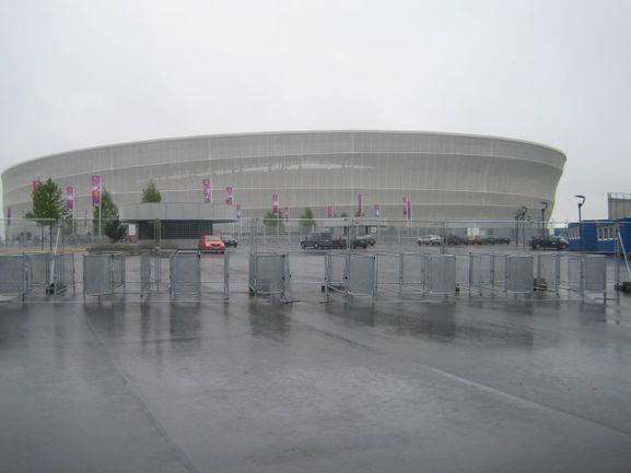 """Так выглядит вроцлавский Олимпийский стадион ранним утром. Фото Петра ТЕРЕЩЕНКОВА, """"СЭ Интернет"""". Фото """"СЭ"""""""