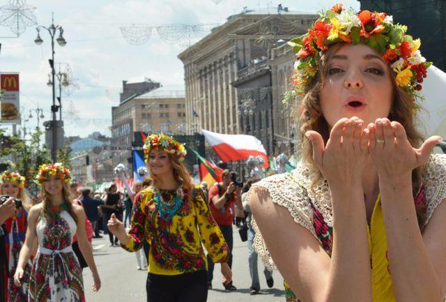 Вчера. Киев. Прекрасное начало чемпионата Европы! Фото AFP