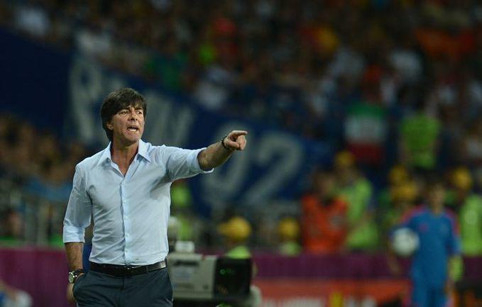 Сборная Германии Йоахима ЛЕВА, одержавшая две победы в двух матчах, - главный фаворит запутанной группы B. Фото AFP