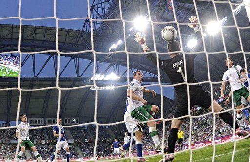 Понедельник. Познань. Италия - Ирландия - 2:0. Гол Антонио Кассано. Фото AFP