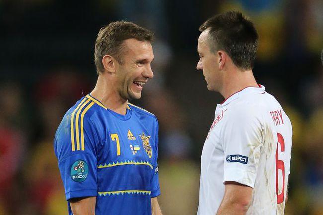 Андрей ШЕВЧЕНКО и Джон ТЕРРИ после окончания матча. . Фото AFP