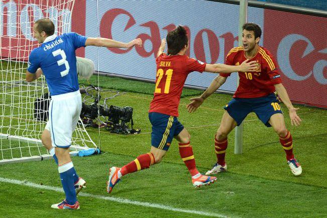 Футбол италия и испания счет