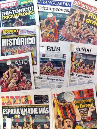 Передовицы ведущих испанских изданий. . Фото AFP