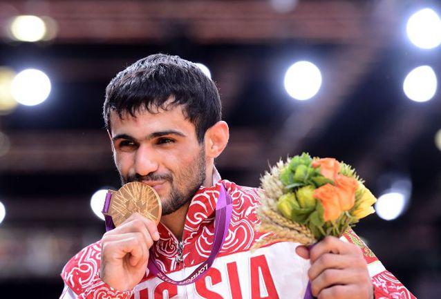 Суббота. Лондон. Арсен ГАЛСТЯН - первый российский чемпион Игр-2012! Фото AFP