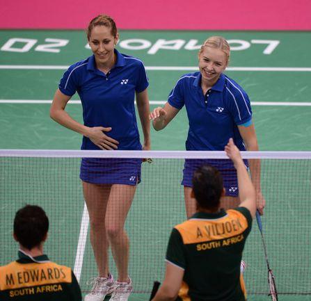 Вчера. Валерия СОРОКИНА и Нина ВИСЛОВА побеждают соперниц из Южной Африки и выходят в полуфинал! Фото AFP