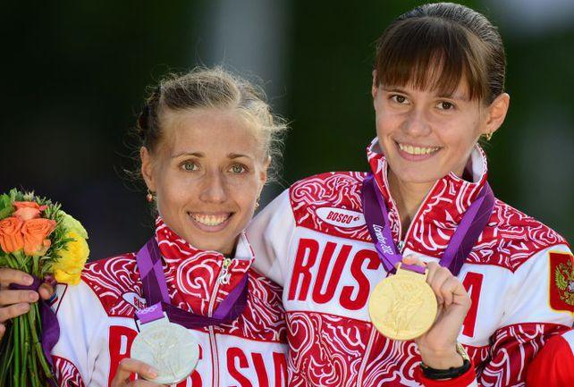 Суббота. Лондон. Ольга КАНИСЬКИНА (слева) и Елена ЛАШМАНОВА. Фото AFP