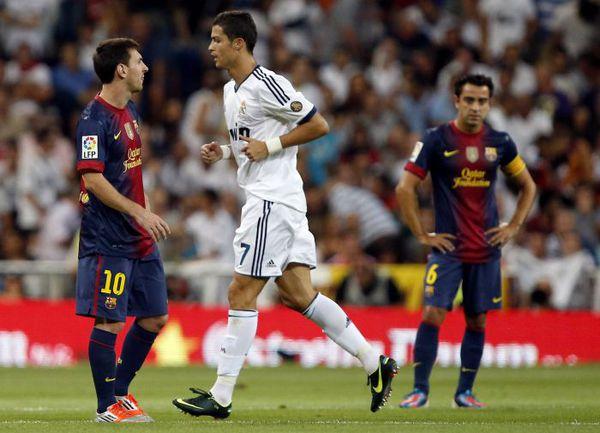"""Среда. Мадрид. """"Реал"""" - """"Барселона"""" - 2:1. КРИШТИАНУ РОНАЛДУ и Лионель МЕССИ демонстративно не замечали друг друга на поле. Фото REUTERS"""