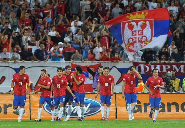 Вторник. Нови-Сад. Сербия - Уэльс - 6:1. Радость победителей. Фото AFP