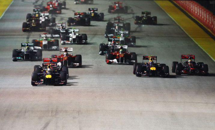 """В прошлом году уверенную победу на """"Гран-при Сингапура"""" одержал Себастьян Феттель. Фото - Red Bull. Фото """"СЭ"""""""