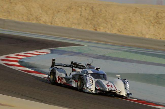 """Две недели назад гибридным был только один прототип """"Ауди"""". Перед гонкой в Бахрейне гибридной сделали и вторую машину. По словам инженеров, за рулем гибрида пилоты увереннее чувствуют себя в трафике. Фото - Audi. Фото """"СЭ"""""""