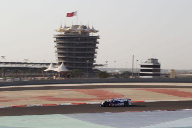 """Обычно 6-часовые гонки проходят в светлое время дня, но на """"6 часах Бахрейна"""" больше половины дистанции пилотам предстоит проехать в темноте. Фото - Toyota. Фото """"СЭ"""""""