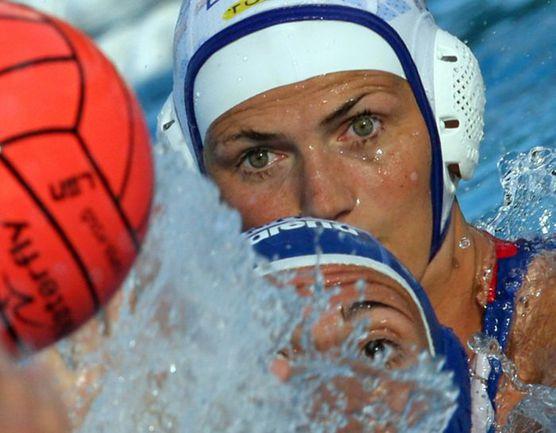 Лучший бомбардир женской сборной России в истории Олимпийских игр Софья КОНУХ. Фото REUTERS