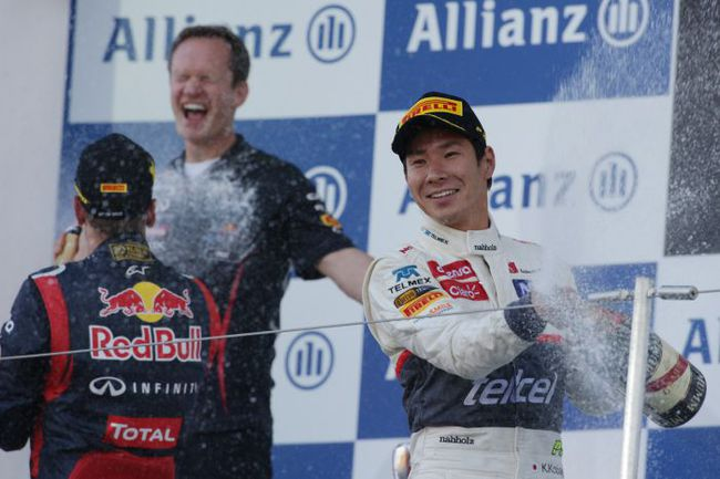 "Сегодня. Сузука. Камуи КОБАЯСИ (справа) на подиуме ""Гран-при Японии"". Фото - Sauber. Фото ""СЭ"""