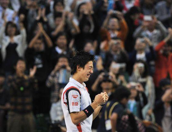 Вчера. Токио. Кеи НИСИКОРИ - победитель Rakuten Japan Open Tennis Championships-2012. Фото AFP