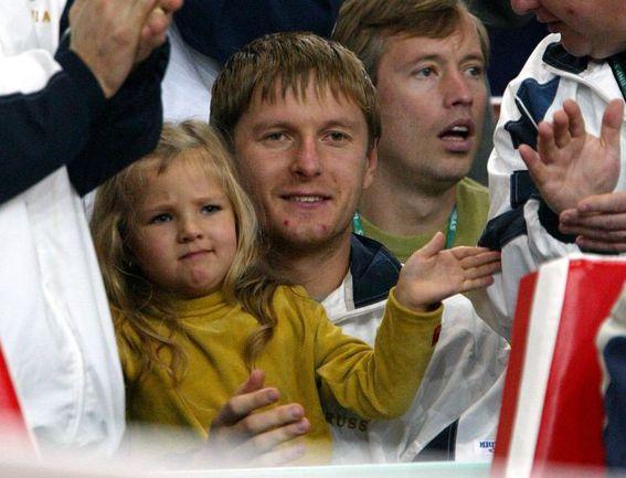 Евгений КАФЕЛЬНИКОВ с дочерью Олесей. Фото AFP