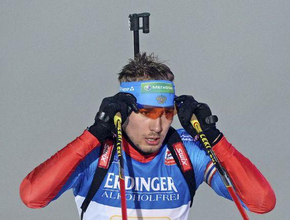 Антон ШИПУЛИН выиграл спринт в Антерсельве. Фото AFP