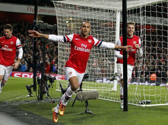"""Вчера. Лондон. """"Арсенал"""" - """"Ливерпуль"""" - 2:2. Тео УОЛКОТТ устанавливает окончательный счет. Фото AFP"""