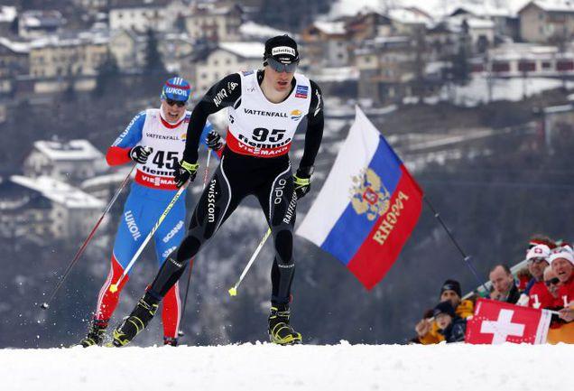 …а вот для Сергея УСТЮГОВА (№ 45, 47-е место), остальных наших и чемпиона мира этого года в скиатлоне Дарио КОЛОНЬИ (№ 95) вчерашняя гонка сложилась неудачно. Фото REUTERS
