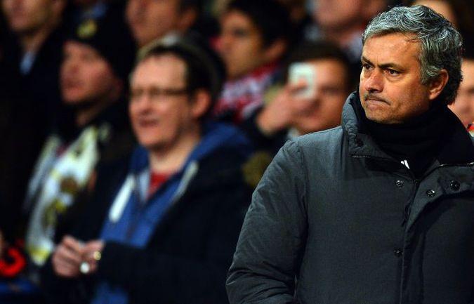 """Вторник. Манчестер. """"Манчестер Юнайтед"""" - """"Реал"""" - 1:2. Жозе МОУРИНЬЮ. Фото AFP"""