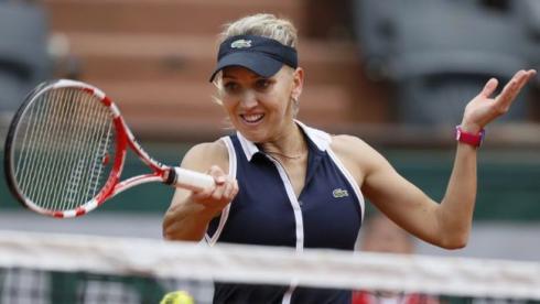 Веснина и Кириленко в Париже:  такие разные матчи