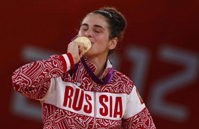 Август 2012 года. Лондон. Наталья ВОРЬБЕВА с бронзой Олимпиады-2012. Фото Reuters