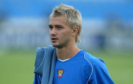 футболисты блондины фото