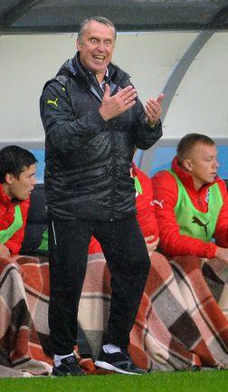 Главный тренер железнодорожников Леонид КУЧУК. Фото Александр ФЕДОРОВ, «СЭ»