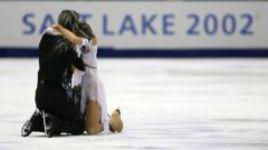 18 февраля 2002 года. Солт-Лейк-Сити. Илья АВЕРБУХ и Ирина ЛОБАЧЕВА - серебряные медалисты Олимпийских игр.