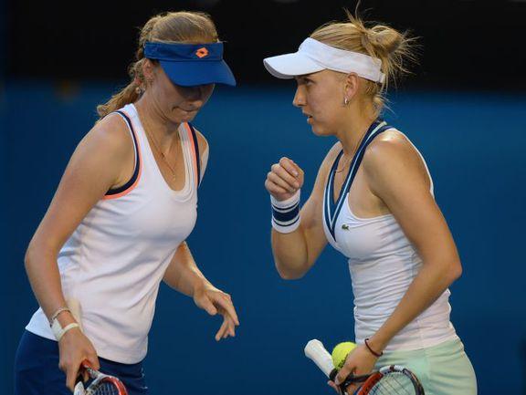 Пятница. Мельбурн. Елена ВЕСНИНА (справа) и Екатерина МАКАРОВА. Фото AFP