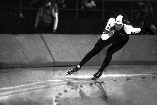 Николай ГУЛЯЕВ на льду Olympic Oval. . Фото AFP