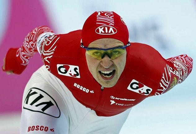 Олимпийский каток в Сочи уже стал для Дениса ЮСКОВА золотым: здесь он выиграл чемпионат мира-2013 на дистанции 1500 м. Фото REUTERS