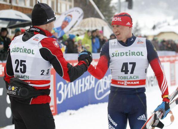 Суббота. Тоблах. Александр ЛЕГКОВ (справа) и Дарио КОЛОНЬЯ. Фото AFP